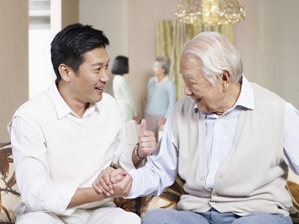 dịch vụ nuôi người già tại nhà tphcm