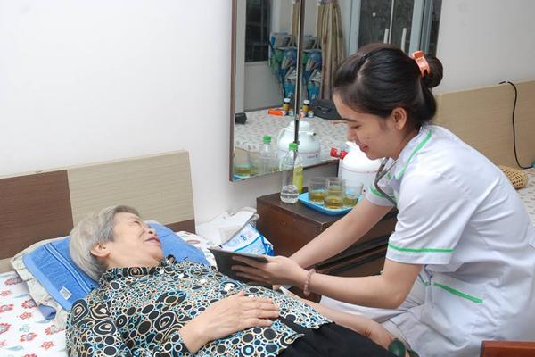 Dịch vụ chăm người bệnh tại nhà uy tín