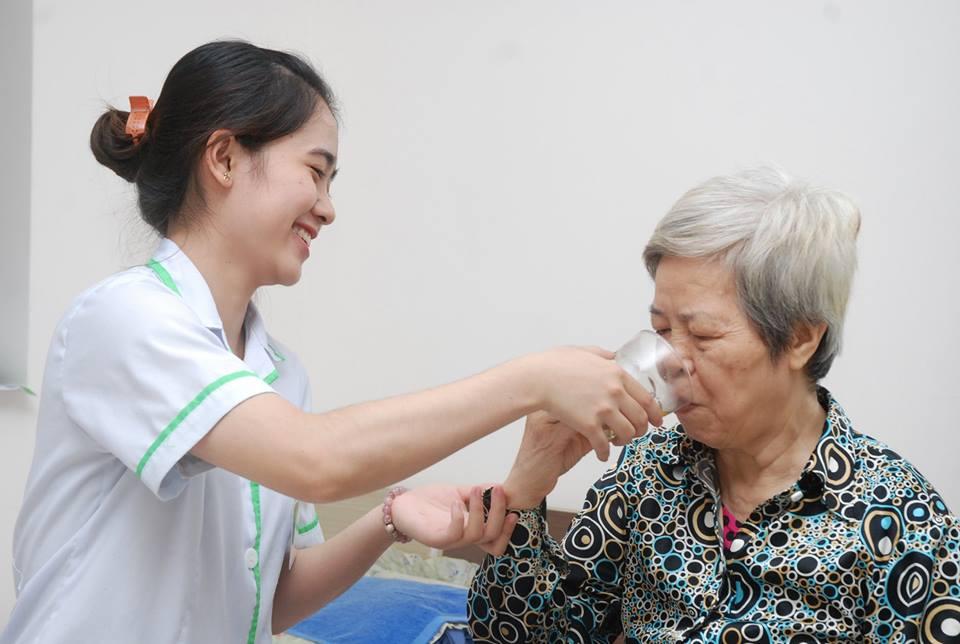 Dịch vụ chăm sóc người cao tuổi tại nhà uy tín